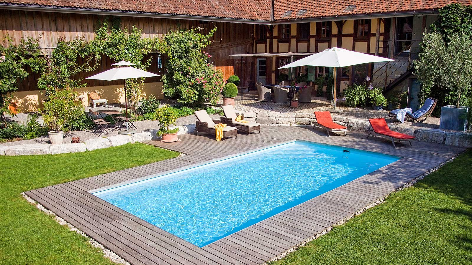 Schwimmbadbau in trier saunabau whirlpools pools - Swimming pool luxembourg kirchberg ...